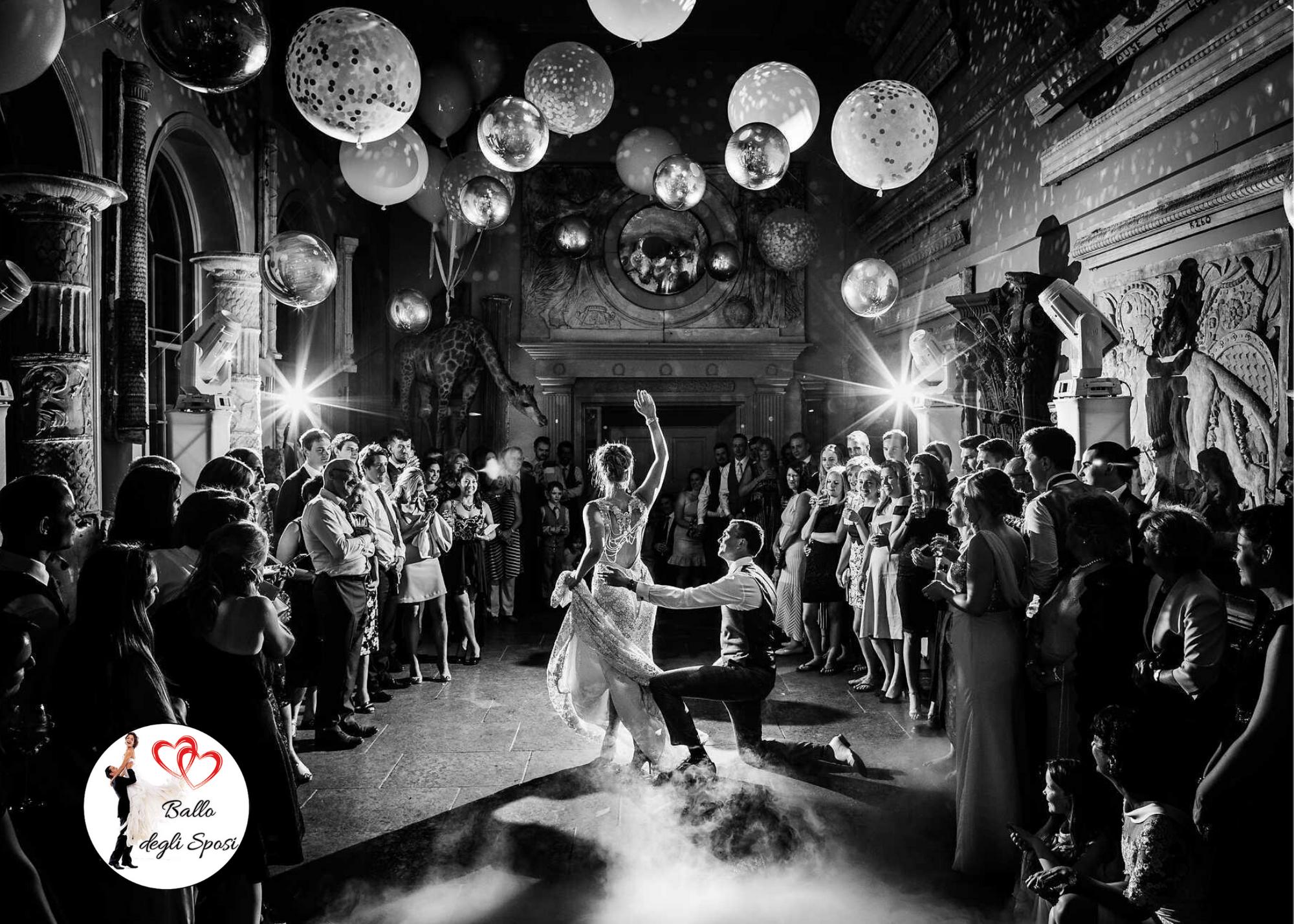 Perché balliamo ai matrimoni?